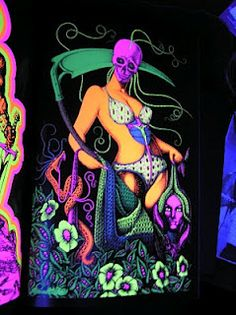 Glorious Trash: Ultraviolet: 69 Blacklight Posters from the Aquarian Age and Beyond
