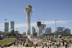 Kazakistan Cumhuriyeti, Orta Asya ve Doğu Avrupa'daki bağımsız devlettir. Kazakistan günümüzdeki yedi bağımsız Türk devletinden biri olup Türk Konseyi ve TÜRKSOY'un üyesidir. 2.727.300 km2 yüz ölçümü ile (Batı Avrupa'nın yüz ölçümü kadar) dünyanın en büyük dokuzuncu ülkesidir.