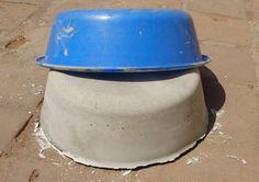 Cement Flower Pots, Concrete Projects, Concrete Garden, Concrete Planters, Bamboo Garden, Garden Pots, Retro Wallpaper Iphone, Cement Design, Flower Pot Design