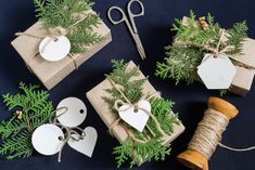 Homemade gift box decoration for christmas. boxes are wrapped in kraft paper Crafts To Sell, Diy And Crafts, Crafts For Kids, Christmas Time, Christmas Gifts, Christmas Decorations, Homemade Gift Boxes, Craft Wedding, Christmas Gift Wrapping