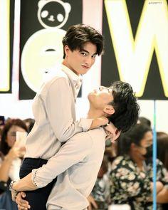 He's Mine, Black Wallpaper Iphone, Celebrity Drawings, Cute Gay Couples, E Type, Boyxboy, Korean Celebrities, My Memory, Celebrity Weddings