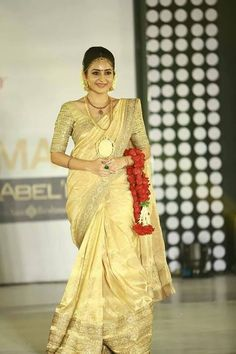 Bhama Photos - Bhama in Bridal Wear Kerala Bride, Hindu Bride, South Indian Bride, Kerala Engagement Dress, Kerala Saree Blouse Designs, Golden Saree, Indian Beauty Saree, Indian Sarees, Indian Bridal Wear