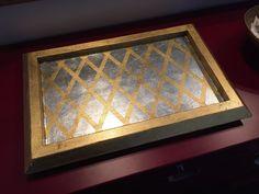 Vassoio in legno decorato a foglia oro e argento (2).