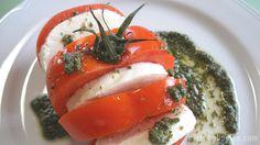 Milhojas de tomate al pesto
