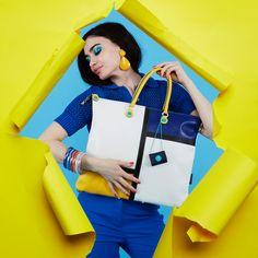 Follow the sunshine.   #girlslovebluebotton #gabs #gabskorea #gabsginza #gabsofficial #gabsborseeaccessori #gabsborse #bagshop #accessories #bag #bags #Italian #Fashion #design #creative #style #styles #stylish #Colore #Colori #Colors #Colours #Smile #Fun #Happyness #bepositive #positivevibe #funny #ironic