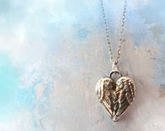 Angel Wings Heart Necklace - 11 Main