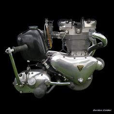 No 70: CLASSIC PRE-UNIT 650cc TRIUMPH TR6 TROPHY ENGINE, by Gordon Calder