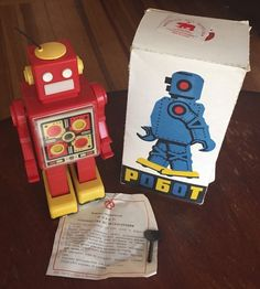 Russian Toy Museum Pogot Key Wind Up Robot Russia Red and Yellow Plastic in Box | eBay