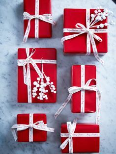 Red Wrapping Paper. Christmas Gift Wrap Ideas, Theme Gift Wrap.