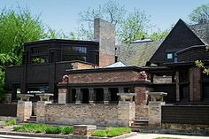 Frank Lloyd Wright Home & Studio Oak Park, IL Lucky enough to have lived in the same town as this great.