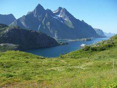Lofoten - Wikipedia, the free encyclopedia