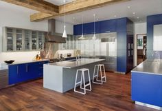 How to Paint Your Kitchen Cabinets Like a Pro - http://freshome.com/how-to-paint-your-kitchen-cabinets/