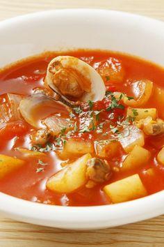 Clam recipes, chili recipes, fish recipes, seafood recipes, crockpot re Seafood Soup Recipes, Clam Chowder Recipes, Clam Recipes, Chili Recipes, Fish Recipes, Crockpot Recipes, Healthy Recipes, Fish Chowder, Chowder Soup