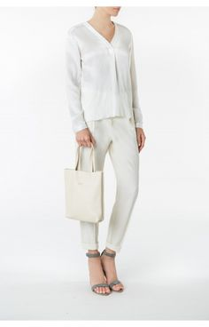 Puc, Beige Tote - Front