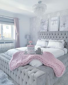 Top Beautiful Teen Room Decor For Girls - Decor Teen Bedroom Designs, Bedroom Decor For Teen Girls, Room Design Bedroom, Cute Bedroom Ideas, Room Ideas Bedroom, Home Room Design, Home Decor Bedroom, Diy Bedroom, Girl Bedrooms