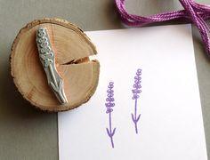 Stempel Dir ein Stück Provence! Romantischer Stempel mit filigranem Lavendel zum Verschönern Eurer Post, Geschenkverpackungen und allem was Ihr so bestempeln wollt. Der Stempel wurde nach...
