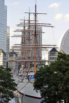 Yokohama by Araiguma Rascal, via Flickr