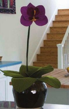 Orquídea em feltro com molde - Ver e Fazer Tin Can Crafts, Jar Crafts, Felt Crafts, Plant Crafts, Candle Craft, Bottle Cap Crafts, Cactus Y Suculentas, Seashell Crafts, Felt Flowers