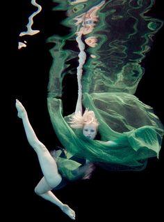 The Underwater Art of Peter Benke