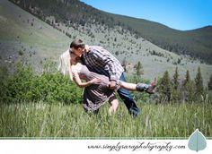 Engagement Photo Ideas Wedding Tips, Wedding Photos, Wedding Hacks, Engagement Photography, Engagement Photos, Family Photos, Couple Photos, Country Engagement, Announcing Engagement