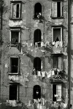 Herbert List, Modern Photography, Black And White Photography, Street Photography, Minimalist Photography, Color Photography, Magnum Photos, Old Photos, Vintage Photos