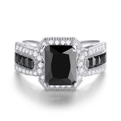 Jeulia offers premium quality jewelry at affordable price, shop now! Princess Cut Rings, Princess Cut Engagement Rings, Modern Engagement Rings, Diamond Engagement Rings, Affordable Rings, Silver Rings Online, Vintage Princess, Modern Jewelry, Necklace Lengths