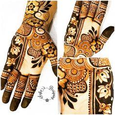 Designer mehendi done by Safia♥️ Unique Mehndi Designs, Latest Mehndi Designs, Mehndi Art, Mehendi, Mehndi Desighn, Heena Design, Hand Henna, Hand Tattoos, Mehndi