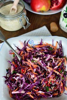 Salată colorată cu varză roşie şi alte vitamine Romanian Food, Balanced Meals, Food Inspiration, Good Food, Food And Drink, Healthy Eating, Appetizers, Vegetarian, Tasty