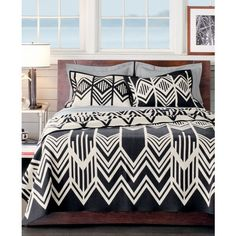 Pendleton Skywalkers Wool Robe Throw ($250) ❤ liked on Polyvore featuring home, bed & bath, bedding, blankets, skywalker, pendleton bedding, pendleton blanket, wool throw, black and white throw y wool blanket