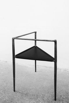 Alchemy Chair, 2012; Bronze; courtesy Rick Owens and galerie Pierre Marie Giraud, Brussels.