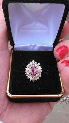 Gorgeous 14k yellow gold diamond, ruby ring... mint condition...size 6…