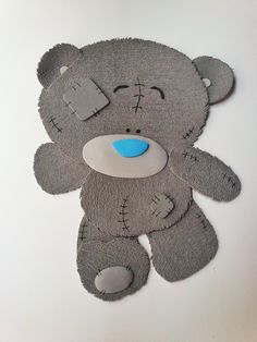 Nombre Aitor Oso Gris / Goma EVA / Craft Foam / A Mano / Handmade / Personalizable / Diferente. Visit www.gomaindociles...