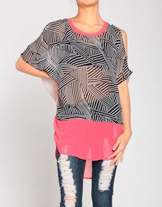 Mazement Top in Black\ Coral