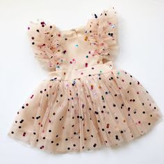 Sadie Then Ty — the tiffany pinafore rainbow confetti dot {sepia tulle} Baby Girl Dress Patterns, Baby Girl Dresses, Baby Dress, Coco Moda, Baby Girl Fashion, Kids Fashion, Tulle Fabric, Kid Styles, Baby Birthday
