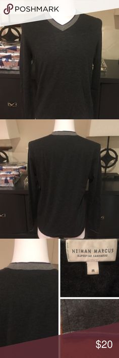 Neiman Marcus Cashmere V Neck Sweater For sale is a very gently worn only at Neiman Marcus Men's Tipped V Neck Sweater Superfine Cashmere. Tipped around the collar and robbed cuffs, ribbed hem, Pullover style & 100% Cashmere. Tipping color around the cuffs purple/white Neiman Marcus Sweaters V-Neck