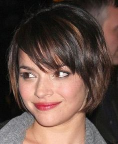 Short Bob Hairstyles with Bangs. 29 Awesome Short Bob Hairstyles with Bangs. Bob Haircuts with Bangs Layered Bob Hairstyles, Short Bob Haircuts, Cute Hairstyles For Short Hair, Hairstyles For Round Faces, Shaggy Hairstyles, Popular Hairstyles, Hairstyles Pictures, Trendy Hairstyles, Celebrity Hairstyles