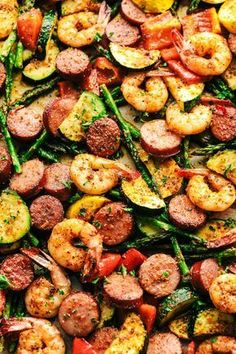 One Pan Meals, Easy Meals, One Pan Meal Prep, Nice Meals, Seafood Recipes, Cooking Recipes, Keto Recipes, Healthy Sausage Recipes, Sausage And Shrimp Recipes
