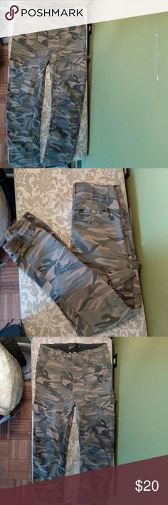 Cotton On Army Print Cuffed Cargo Pants Lightly used Cotton On Joggers slim fit sz 30 Cotton On Pants Cargo