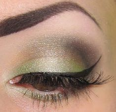 site has video tutorials for other awesome eye looks