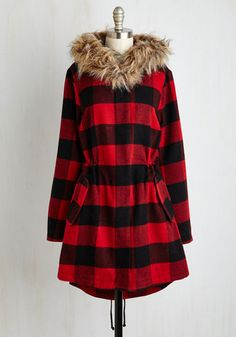 BB Dakota In the Kindling of an Eye Coat in Buffalo Plaid | Mod Retro Vintage Coats | ModCloth.com