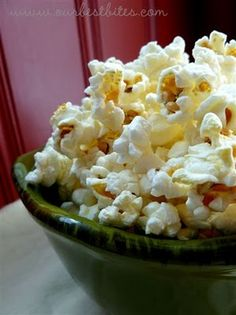 How to: Brown Paper Bag Microwave Popcorn - So easy! I'll never buy microwave popcorn again!