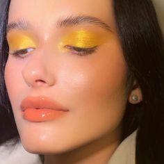 Senffarbenes Augen Make-up - Makeup Products Lipstick Makeup Goals, Makeup Inspo, Makeup Art, Makeup Inspiration, Make Up Looks, Cute Makeup, Pretty Makeup, Glitter Make Up, Beauty Make-up
