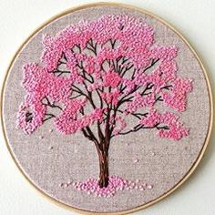 """34 curtidas, 2 comentários - Denise Paiva (@denisepaivab9) no Instagram: """"#embroiderytree #bordandoarte #handembroidery #arvorefloridanoinverno #ipeamarelo #bordadoamão…"""" French Knot Embroidery, Basic Embroidery Stitches, Embroidery Flowers Pattern, Silk Ribbon Embroidery, Embroidery Patches, Flower Patterns, Cross Stitch Embroidery, Hand Embroidery Projects, Hand Embroidery Designs"""