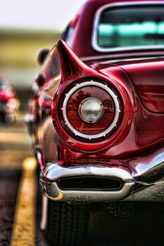 1957 Ford Thunderbird Red Convertible, love bumper exhaust pipe exits