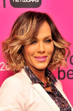 Nicole Ari Parker Short Curls - Short Curls Lookbook - StyleBistro