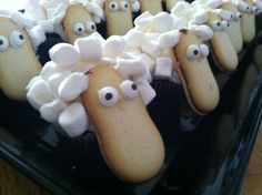 Sheep Cupcake Decorating Tutorial by Julie Vision in the Kitchen