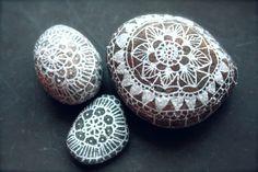 painted-stones-posca-marker-illustration-hand-drawn-2 on   thecarolinejohansson.com