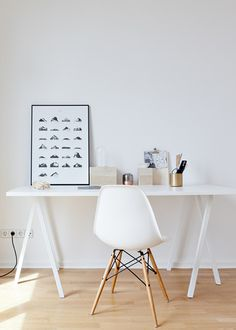 Graphic poster by Coco Lapine. A mountain for every letter of the alphabet, shaped out of different paint strokes on paper. Printed on high quality 170 g paper.Fits standard frames. Frame is not included.ABOUTBehind Coco Lapine, is Sarah, a Belgian desing
