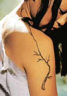 60 Trendy tattoo tree line branches Trendy Tattoos, Small Tattoos, Tattoos For Women, Tattoos For Guys, Cool Tattoos, Ink Tatoo, Back Tattoo, Tattoo You, Tattoo Sleeve Designs