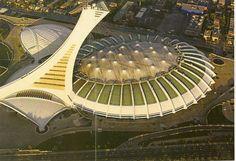 Tant de promesses que ce Stade Olympique de Montréal n'a jamais tenues.  Au moment de la construction, on parlait de coûts de quelque 200 millions qui finalement a coûté aux Québécois plus de un milliard $